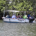 Unterwegs im Boot mit Guide (Engl., Span.)