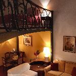 Room Giovanna Garzoni, sleeps 2+2 (1st floor)