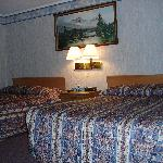 Room with two double bed