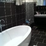 Bathroom Cleo