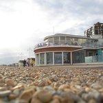 Alfresco- stones throw from the beach