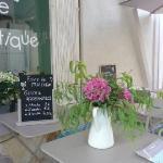 Terrasse fleurie de l'Atelier