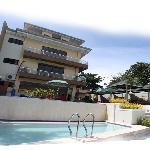 Palmbeach Resort & Apartelle