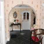 Archway to breakfast room