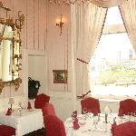 laury's restaurant, charleston wv united states