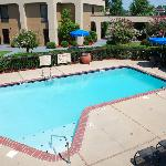 Splash with the kids in the outdoor pool or just soak up some warm Mississippi sunshine on our s