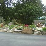 enjoy the garden at the creekside lodge