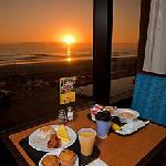 Sunrise breakfast overlooking the beach