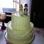 Wedding Cake by Barb, Innkeeper