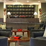 Sheraton Front Desk and Lobby