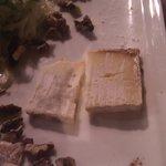 Selons ce 'restaurant', c'est ainsi qu'on sert le fromage en France...