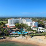 Embassy Suites Dorado del Mar Casino, Golf & Beach resort