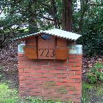 FLW-designed mailbox