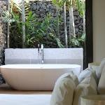 The beautiful outdoor bathoom
