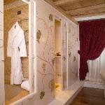 Bagno Demi-Suite Room
