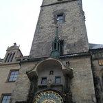 El Reloj, Praga