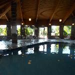 Very warm swimming pool, Nice.