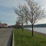 la route du fjord qui mène à l'hôtel
