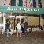 Entrada hotel Raffaello Milan