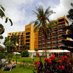 尤姆巴諾飯店
