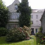 the hotel's backyard garden