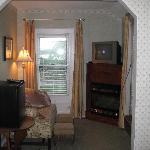 sitting area (Beaujolais room)