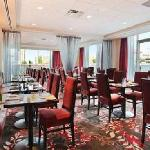 Reflect Social Dining & Lounge is our on-site restaurant, which features a delicious menu and ch