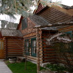 the adorable cabin that is SWEETWATER RESTAURANT