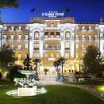 La magnifica facciata Liberty del mitico Grand Hotel Rimini
