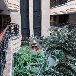 Photo de Tehall Hotel