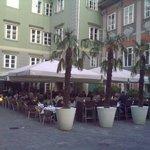 Der schöne Gastgarten in der Fußgängerzone