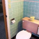 Room 2-Bathroom 1
