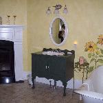 The Wanner Suite Bath 2