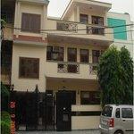 Divistha Guest House