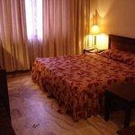 Sahithyan Hotel