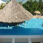 bar piscine vue de chambre