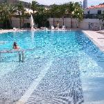 The LUSH 25m outdoor pool!