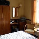 bedroom 111