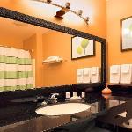 Guestroom vanity area