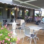 Nouvelle terrasse restaurant Anémotel Riom