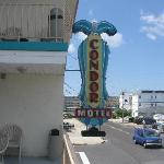We love the Condor Motel!!