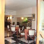 Photo de Hotel Luxor