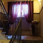 scale per salire alla reception
