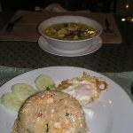 Chicken fried rice & green curry