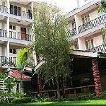 HOTEL BACK
