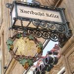Auerbachskeller Eingangsschild