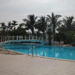 Grosser Pool