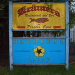 Kramer's Bar & Grill, entrance sign