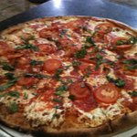 Britt's Coal Fire Pizza Foto