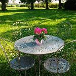 Un verre de cidre frais au jardin ?